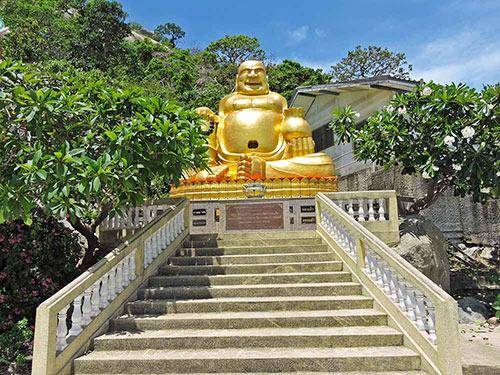 Pu Tai - The Laughing Buddha @ Wat Khao Takiab